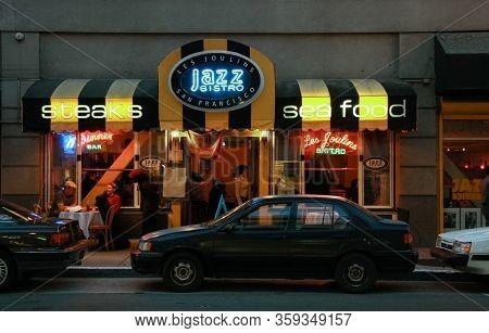 San Francisco,  Usa - Sept 23, 2008: Oldest Jazz Club And Cafe Les Joulins Jazz Bistro At Ellis Stre