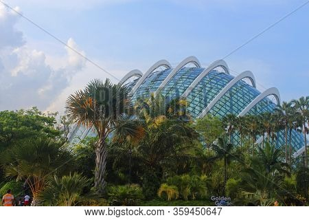 Marina Bay, Sg - Dec. 16: Gardens By The Bay Flower Dome Facade On December 16, 2016 In Marina Bay,