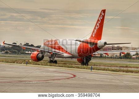 Elche, Alicante, Spain- March 3, 2020: Plane Of The Company Easyjet Taking Runway At The Alicante Ai