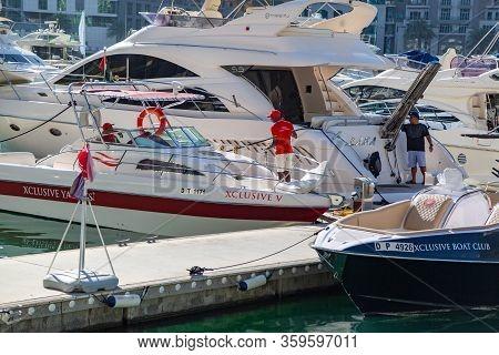 Dubai, United Arab Emirates, Dubai Marina Area 03 03 2020: Water Transport. Editorial Marina For Pri