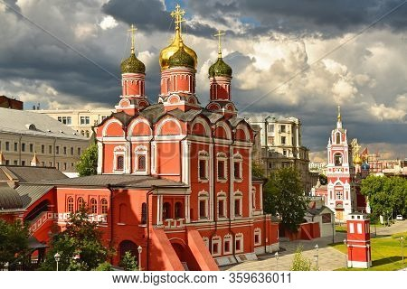 Chambers Of The Romanov Boyars. Moscow, The Center Of The Capital Of The Russian Federation.