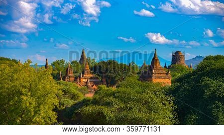 Bagan Myanmar Shwezigon Pagoda And Brick Stupas