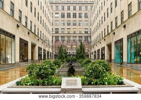 New York City - Mar 29, 2020: Empty Rockefeller Center And Ice Rink During The Coronavirus Epidemic