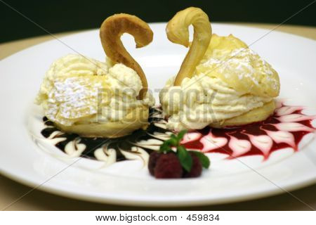 Valentines Dessert - Swans