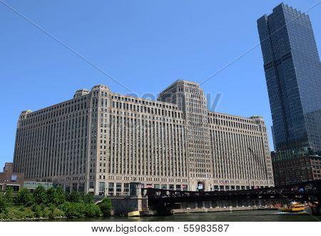 Merchandise Mart Building In Chicago