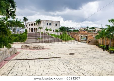 Square Before House Of Christopher Columb Santo Domingo