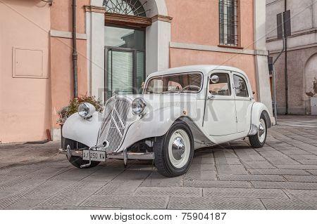 Citroen Traction Avant 11Bl (1939)
