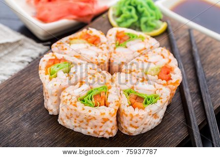 Flower made of sushi roll.