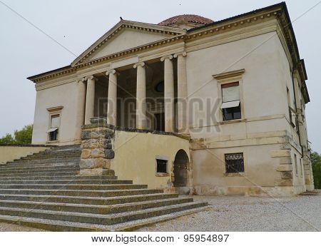 La Rocca Pisana villa in Lonigo in Italy