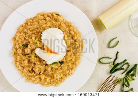 Italian risotto with leek and poached egg