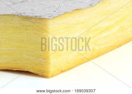 Glass Wool Heat Insulation with Foil Sheet