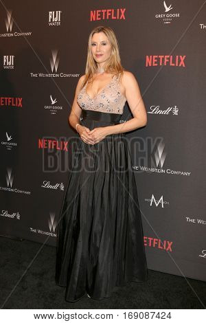 LOS ANGELES - JAN 8:  Mira Sorvino at the Weinstein And Netflix Golden Globes After Party at Beverly Hilton Hotel Adjacent on January 8, 2017 in Beverly Hills, CA
