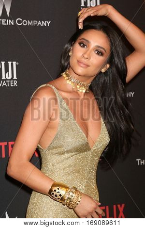 LOS ANGELES - JAN 8:  Shay Mitchell at the Weinstein And Netflix Golden Globes After Party at Beverly Hilton Hotel Adjacent on January 8, 2017 in Beverly Hills, CA