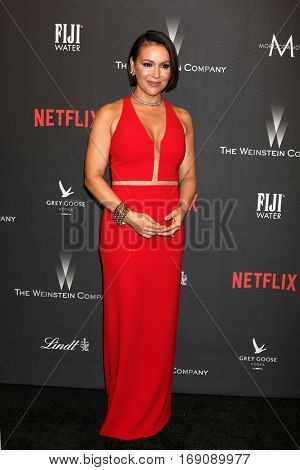 LOS ANGELES - JAN 8:  Alyssa Milano at the Weinstein And Netflix Golden Globes After Party at Beverly Hilton Hotel Adjacent on January 8, 2017 in Beverly Hills, CA