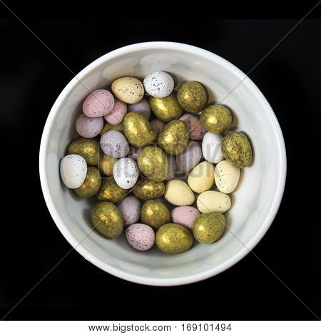 Mini chocolate easter eggs in a bowl