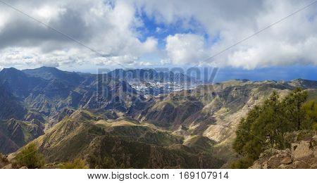 central Gran Canaria view from the top of Montana de Altavista (aboriginal name Azaenegue) toward La Aldea de San Nicolas