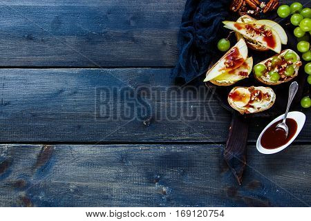 Crostini With Fruits