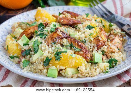 Quinoa orange and chicken salad tabbouleh horizontal