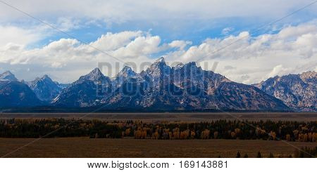 panorama of grand tetons range in national park usa