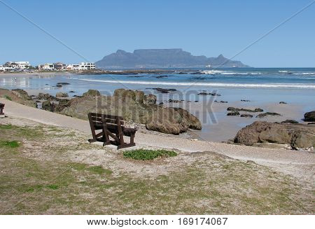 BLOUBERG STRAND, CAPE TOWN SOUTH AFRICA 13pol