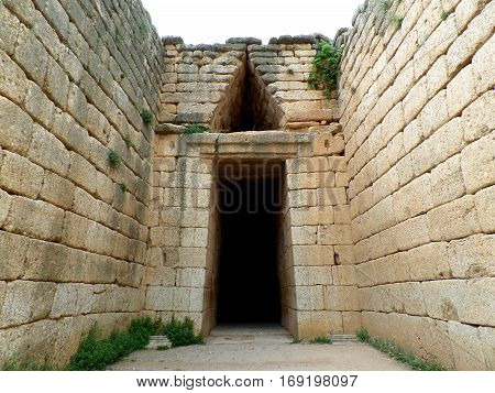 Dromos to the Beehive Tomb, Treasury of Atreus, Archaeological Site of Mycenae, Peloponnese Peninsula, Greece