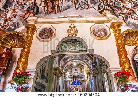 ATOTONILCO, MEXICO - DECEMBER 29, 2014 Frescoes Sanctuary of Jesus Atotonilco Mexico. Built in the 1700s known as the Sistene Chapel of Mexico with Frescoes of Jesus Stories. Frescoes by Miguel Antonio Matinez between 1740 and 1775.