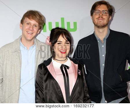 PASADENA - JAN 7:  Josh Thomas, Emily Barclay, Thomas Ward at the HULU TCA Winter 2017 Photo Call at the Langham Hotel on January 7, 2015 in Pasadena, CA