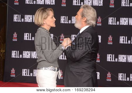 LOS ANGELES - JAN 6:  Sharon Stone, Jeff Bridges at the Jeff Bridges Hand and Foot Print Ceremony at TCL Chinese Theater IMAX on January 6, 2017 in Los Angeles, CA