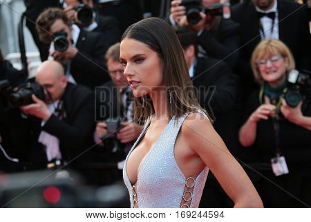 Alessandra Ambrosio attends 'The Unknown Girl (La Fille Inconnue)' Premiere duirng the annual 69th Cannes Film Festival at Palais des Festivals on May 18, 2016 in Cannes, France.