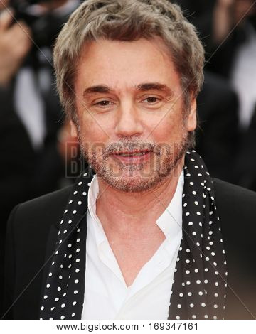 Jean Michel Jarre attends the 'Slack Bay (Ma Loute)' premiere during the 69th annual Cannes Film Festival at the Palais des Festivals on May 13, 2016 in Cannes, France.