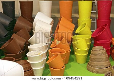 Terracotta Flower Pots in Various Colors for Sale
