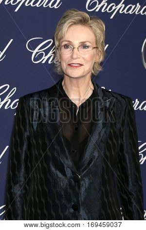 PALM SPRINGS - JAN 2:  Jane Lynch at the Palm Springs International FIlm Festival Gala at Palm Springs Convention Center on January 2, 2017 in Palm Springs, CA
