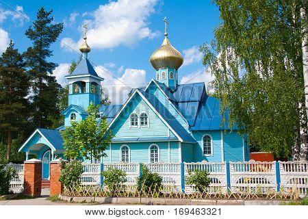 Vsevolozhsk of Leningrad oblast, Russia sun day 10 lune 2012: The Church of Constantine and Helena.
