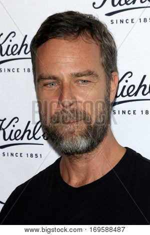 LOS ANGELES - SEP 22:  JR Bourne at the Kiehl's LifeRide for Ovarian Cancer Research at Kiehl's Store  on September 22, 2016 in Santa Monica, CA
