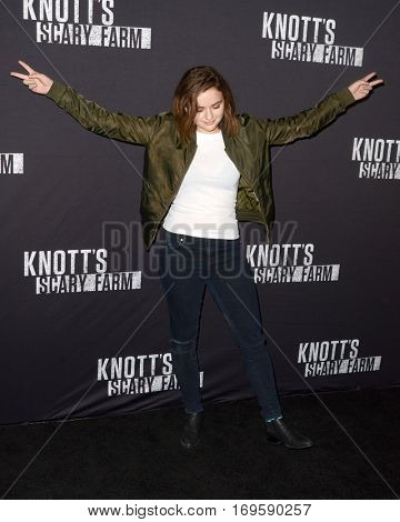 LOS ANGELES - SEP 30:  Joey King at the 2016 Knott's Scary Farm at Knott's Berry Farm on September 30, 2016 in Buena Park, CA