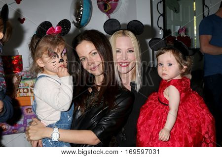 LOS ANGELES - DEC 4:  Phoenix Sursok-McEwan, Tammin Sursok, Amelie Bailey, Adrienne Frantz Bailey at the Amelie Bailey's 1st Birthday Party at Private Residence on December 4, 2016 in Studio CIty, CA