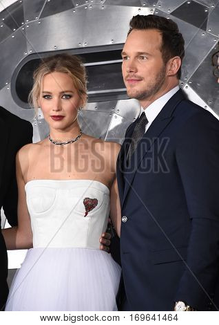 LOS ANGELES - DEC 14:  Jennifer Lawrence and Chris Pratt arrives to the