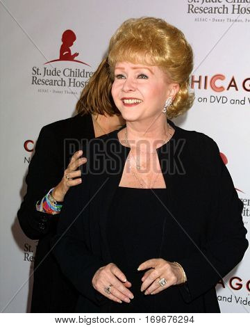 LOS ANGELES -AUG 19:  Debbie Reynolds arrives at the Chicago Themed Fashion Show to Benefit St. Judeâ??s Hospital at a hotel on August 19, 2003 in Beverly Hills, CA