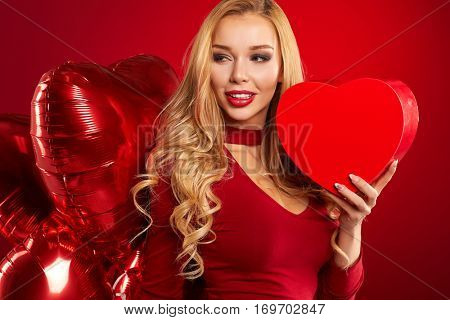 Pretty Girl Holding red  Hart box - Happy Valentine