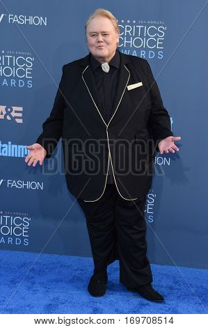 LOS ANGELES - DEC 11:  Louie Anderson arrives to the Critics' Choice Awards 2016 on December 11, 2016 in Hollywood, CA