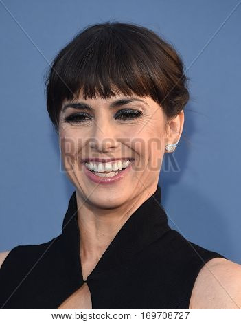 LOS ANGELES - DEC 11:  Constance Zimmer arrives to the Critics' Choice Awards 2016 on December 11, 2016 in Hollywood, CA