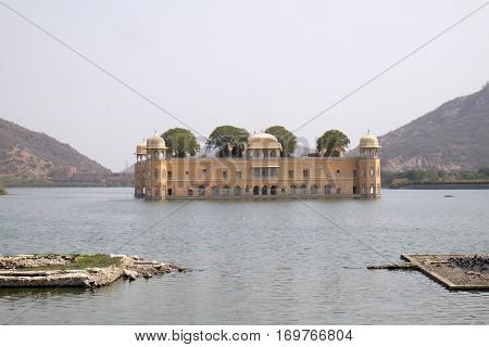 JAIPUR, INDIA - FEBRUARY 16: The palace Jal Mahal. Jal Mahal (Water Palace) was built during the 18th century in the middle of Man Sager Lake. Jaipur, Rajasthan, India, on February 16, 2016.