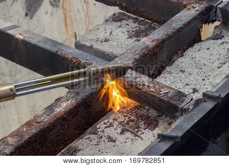Cutting Old Steel With Fire