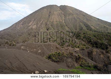 Batok Mountain