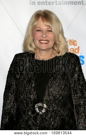 LOS ANGELES - DEC 6:  Ilene Graff at the The Actors Fund's Looking Ahead Awards  at Taglyan Complex on December 6, 2016 in Los Angeles, CA