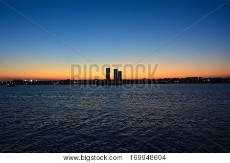 sunset city sillhouette photography on yenikapi istanbul