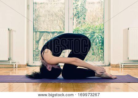 Hot Yoga Rabbit Pose