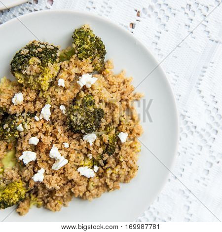 Warm Detox Salad From Quinoa And Broccolli