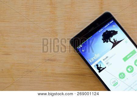 Bekasi, West Java, Indonesia. November 16, 2018 : Kindle Dev App On Smartphone Screen. Amazon Is A F