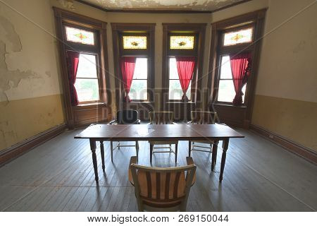 Mansfield, Oh, May 29, 2018, Ohio State Reformatory, Former Prison, Parole Board Room, Filming Locat